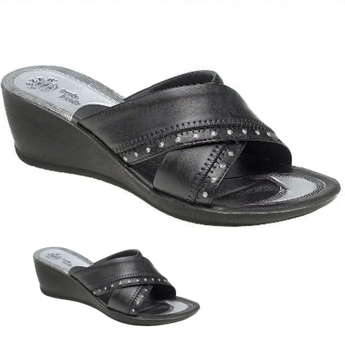 women-black-mid-wedge-slip-on-sandals